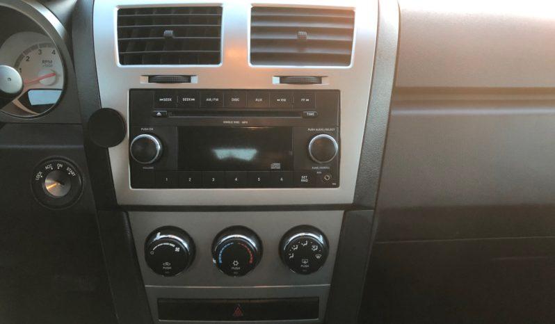 2009 Dodge Avenger SE full