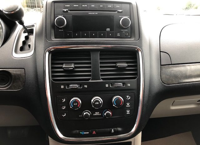 2011 Dodge Grand Caravan SXT full