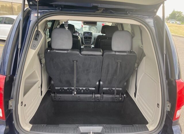 2016 Dodge Grand Caravan / Fully Loaded / Extra Tires / Remote full